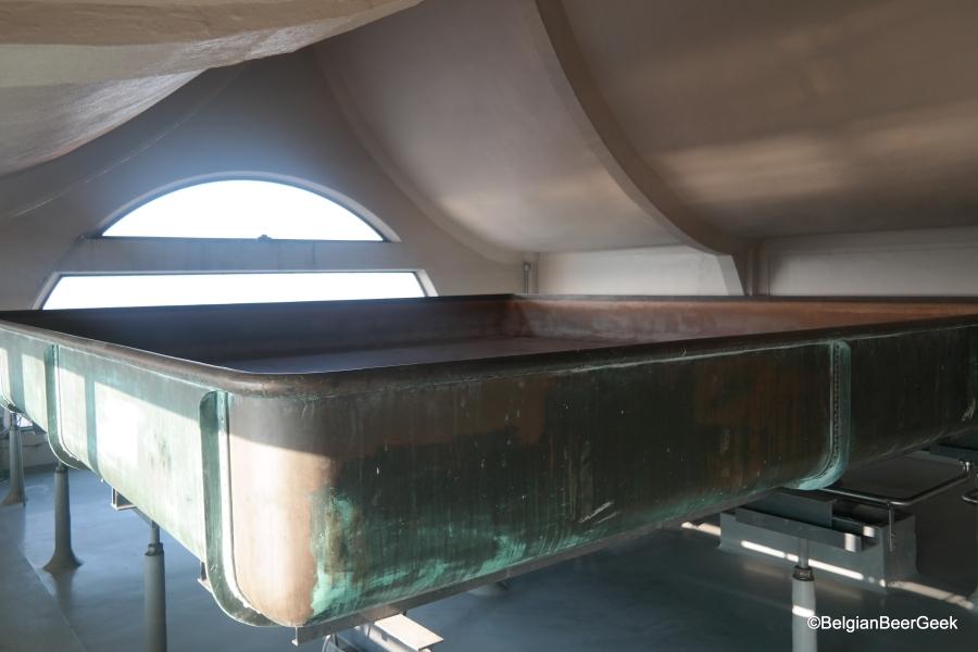 Het prachtige koperen koelschip van brouwerij Vanderghinste in de koeltoren